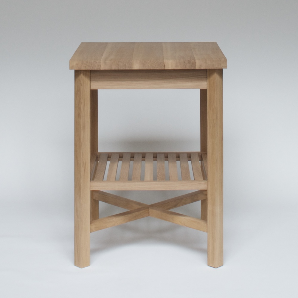 BB oak table