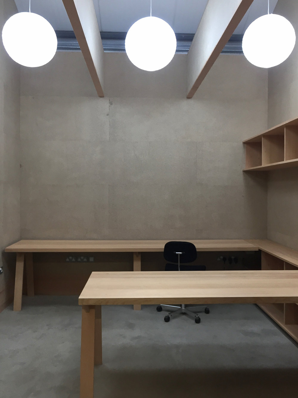 December 2016 The offices and showroom we have designed for Japanese tool suppler Niwaki in Wiltshire are nearing completion. Vertical grain Douglas Fir timber and T&G chipboard panels.