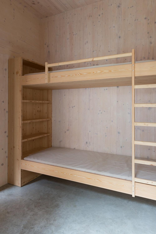 230 HS bed-4399.jpg