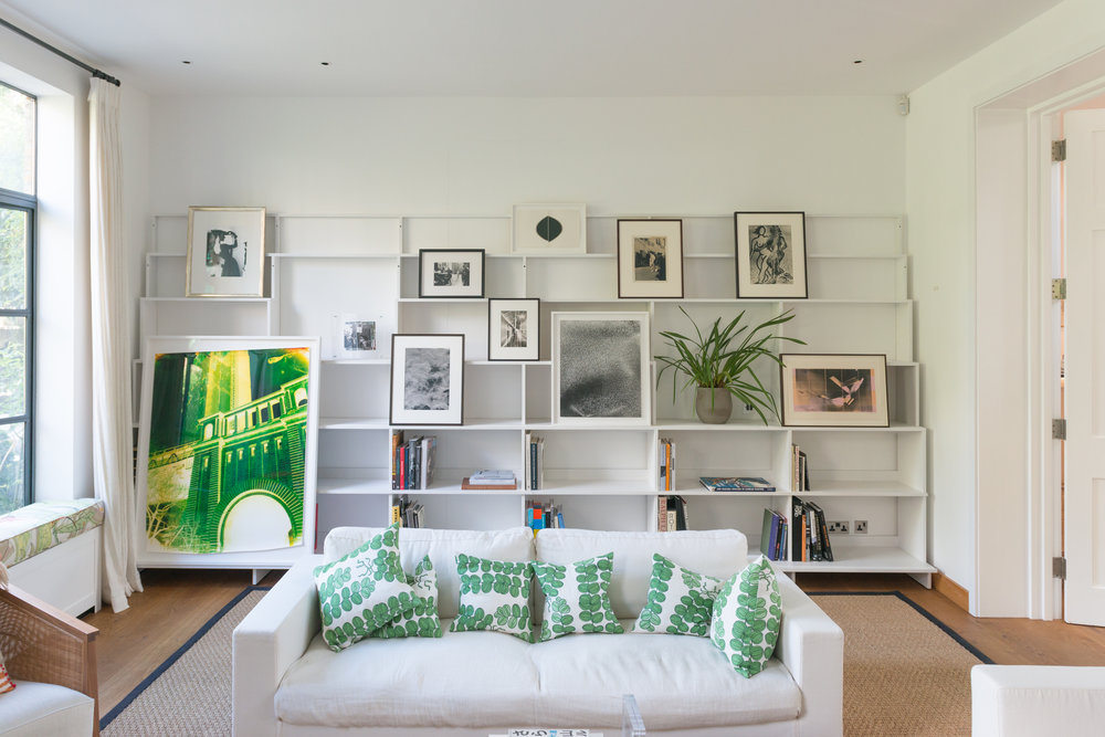 DL art shelves