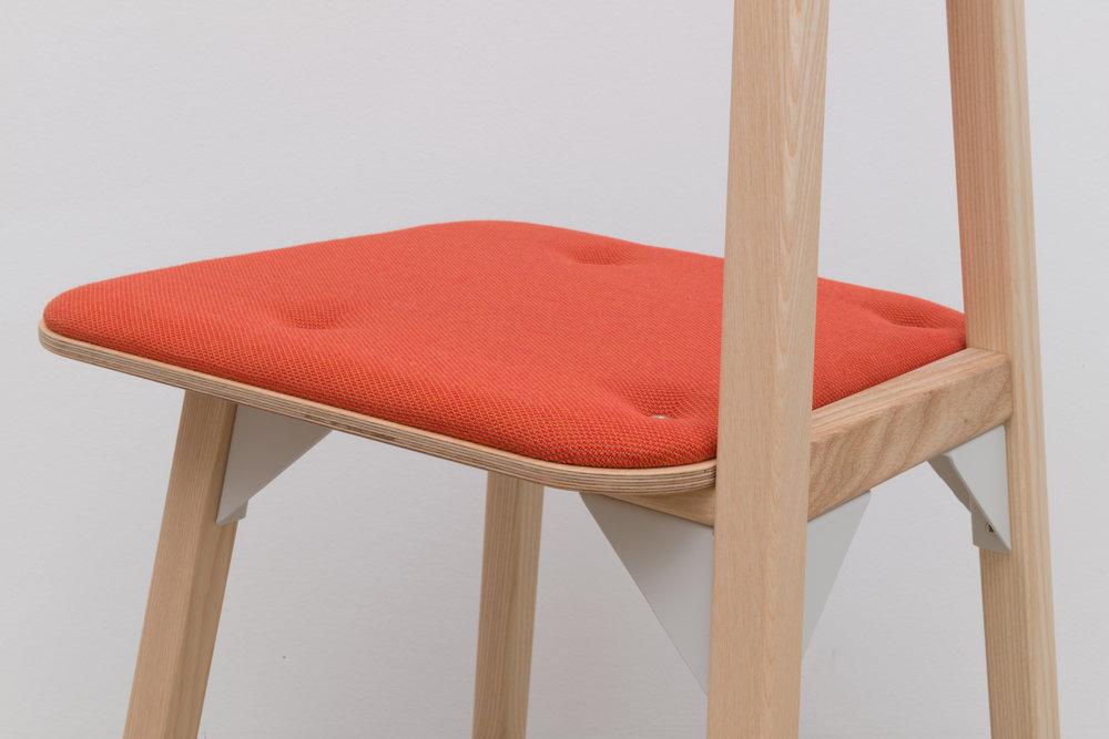 174 KHS 181207 Furniture individual-5398.jpg