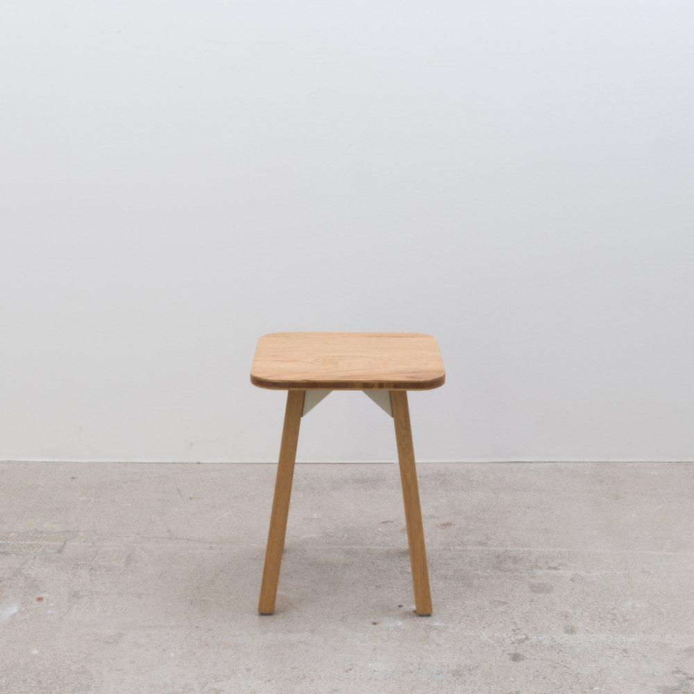 Low stool 350 x 350 x 440H