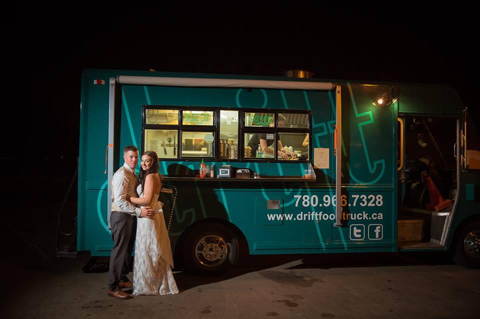 20140816_kacey_and_brydon_reception_late_lunch_drift_food_truck_kaceyleannevents_edmontonweddings.jpg
