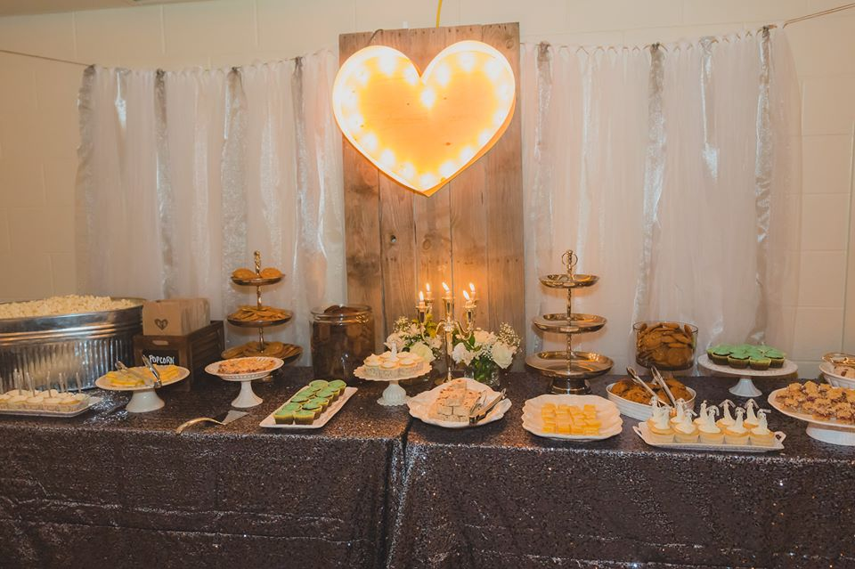 20140816_kacey_and_brydon_sweets_table_kaceyleannevents_edmontonweddings.jpg