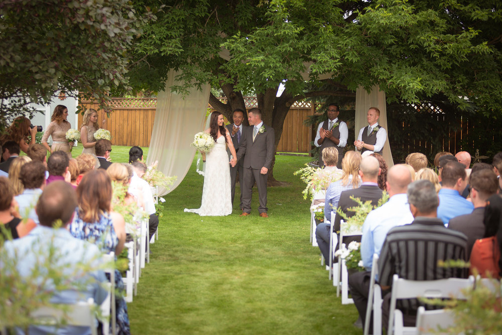 outdoor-ceremony-tips-kacey-leann-events-edmonton-weddning-planner