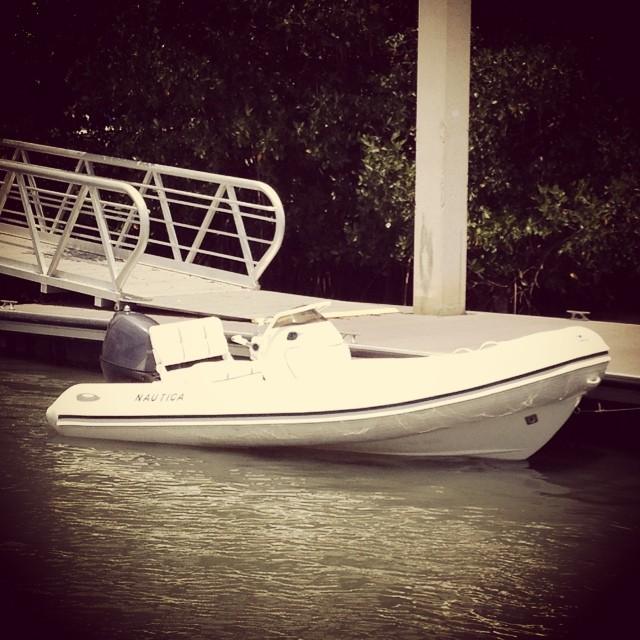 New #nautica #inflatable #coachboats for charter @justsailmiami #yamaha #sailing #sailingschool #ussailingcentermiami #coconutgrove #miami