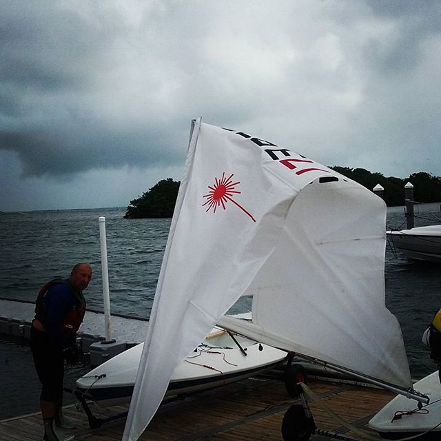 Big Breeze Big Breaks @justsailmiami @ussailing @laserperformance #ussailingcenter #lasersailing #lasersailingislife #lasersailingismylove #coconutgrove #biscaynebay #sailing