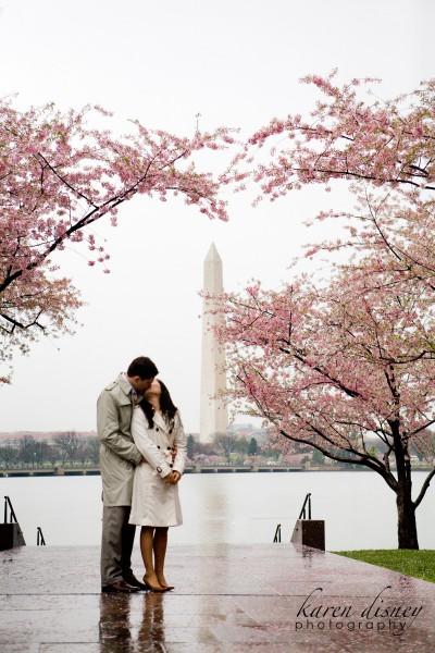 Washington Monument engagement photo by Karen Disney