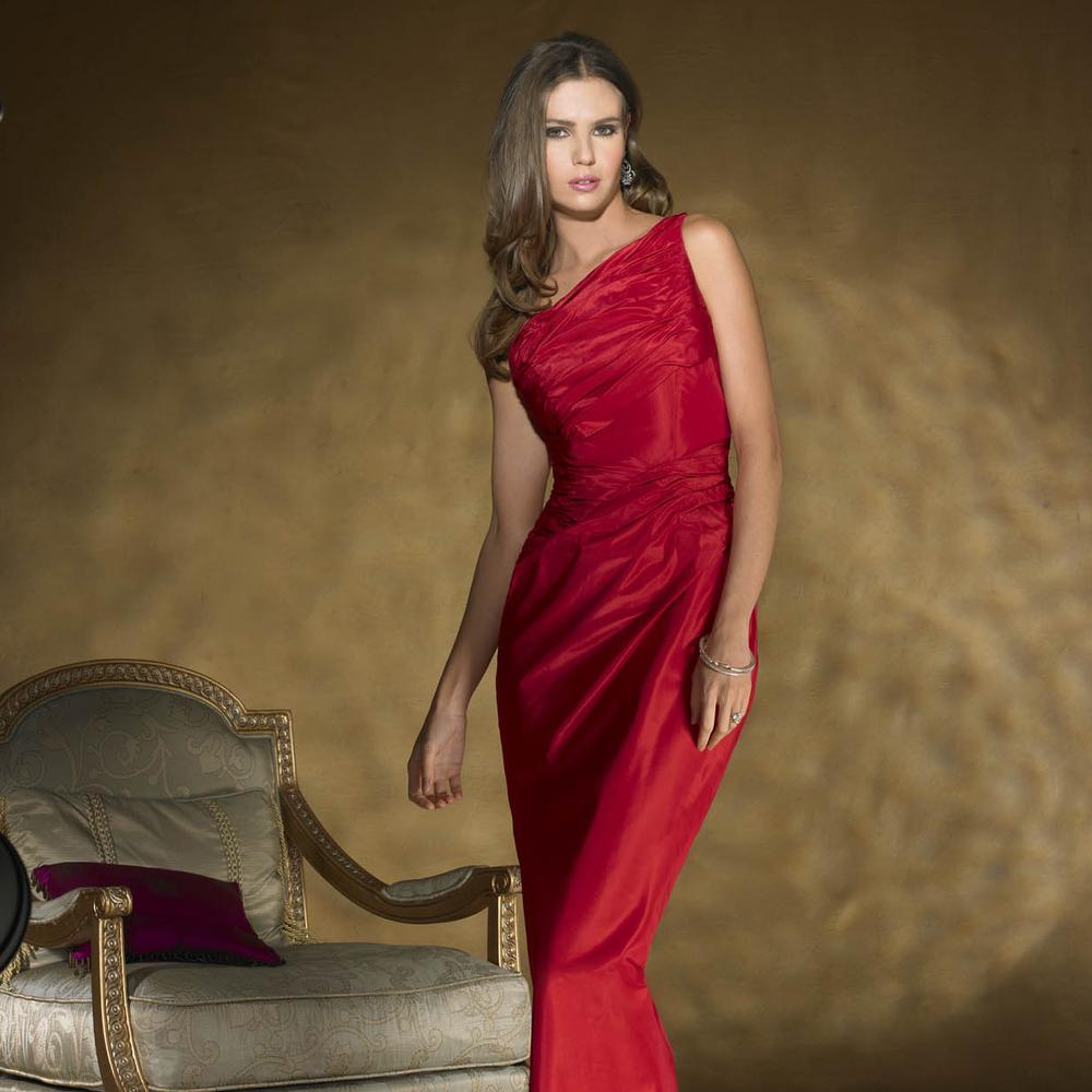 paula varsalona red carpet 8490