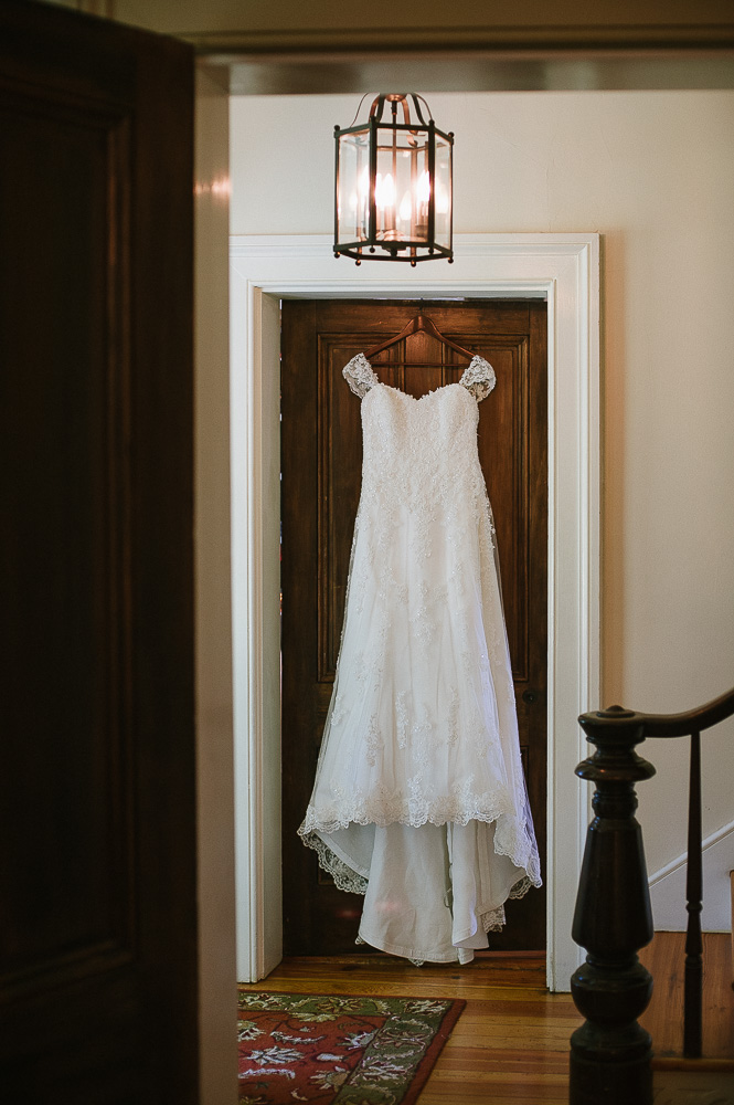 Whitehall_Manor_Wedding_Athena_Ray_blog_003.jpg