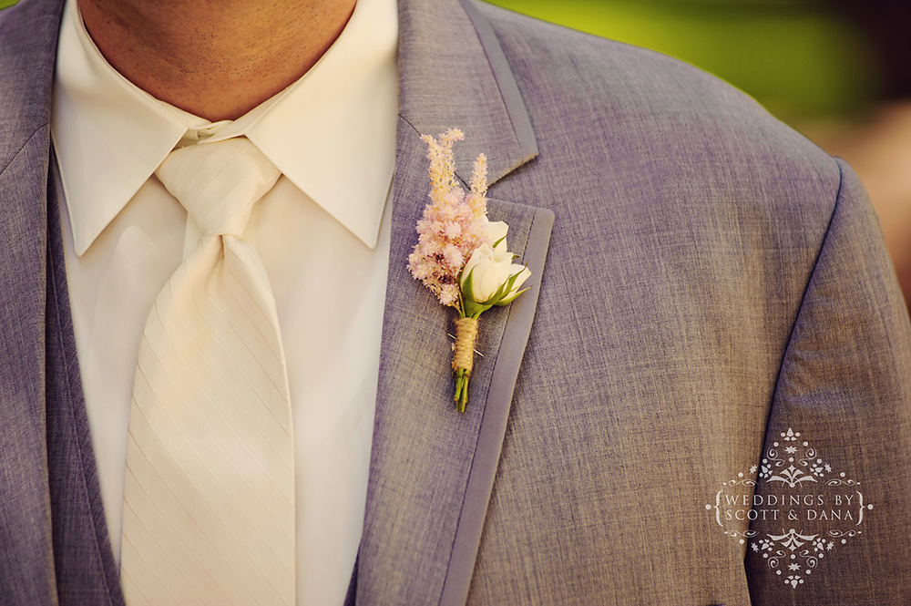 wedding boutonniere featuring astilbe by crazy daisies wedding & event floral design, las vegas, nevada