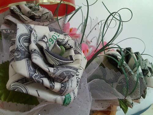 wedding bouquet made of money