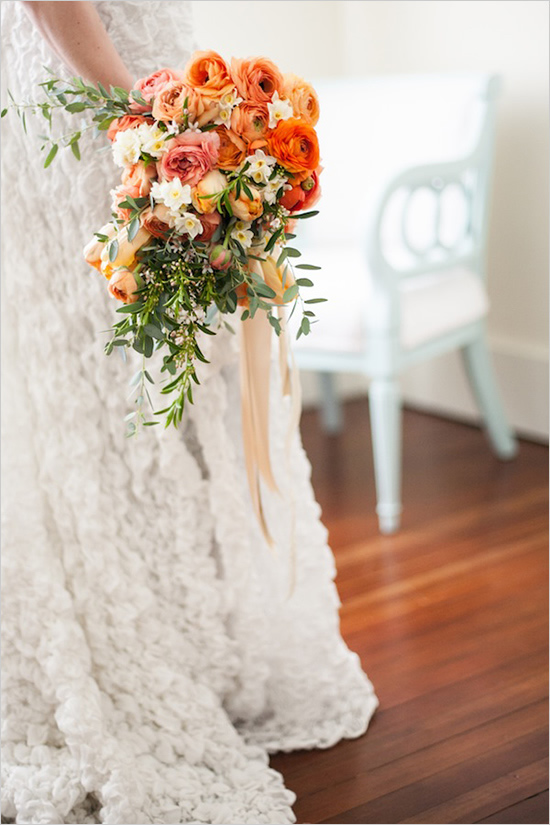 Flowers by  Finch & Thistle Event Design  | Photo by  Stephanie Cristalli
