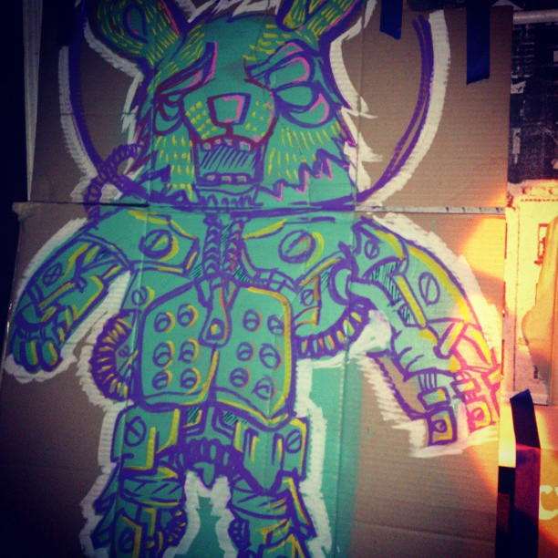 Shots from last night's live art sesh at the Backroom in the cross. #art #spraypaint #drawing #kingscross #animal #robot #cardboard