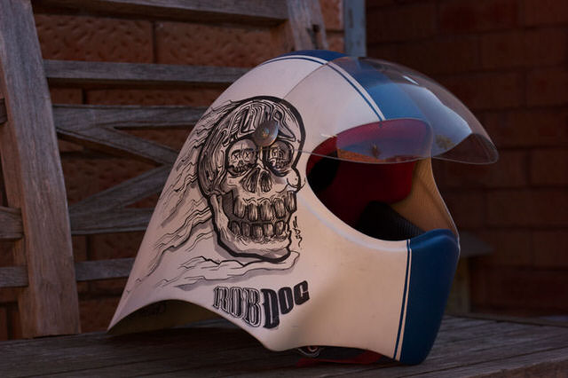 robdog-rob-mcwhinnie-cusotm-art-design-graphic-helmet-artwork-sydney-illustation-artist-sam-shennan-ud3-theud3-samshennan-dog-skull-cloud-speedstripe-stars-handpainted-hand-paint0.jpg