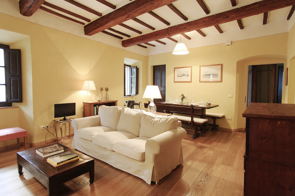 LIVING ROOM, LA CANONICA