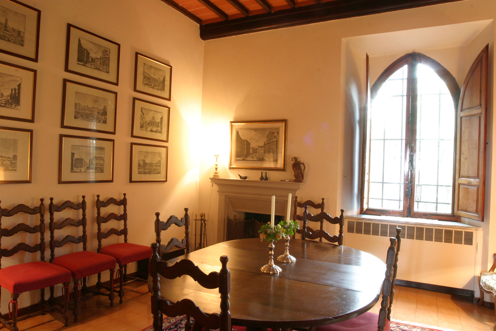 THE DINING ROOM, THE COURT HOUSE