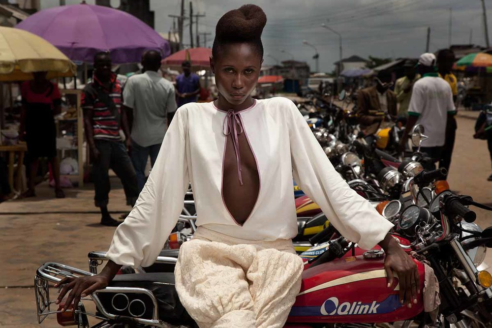 KINABUTI-BICYCLE-THIEVESLolotta top and skirt shot in Okirika Town.jpg