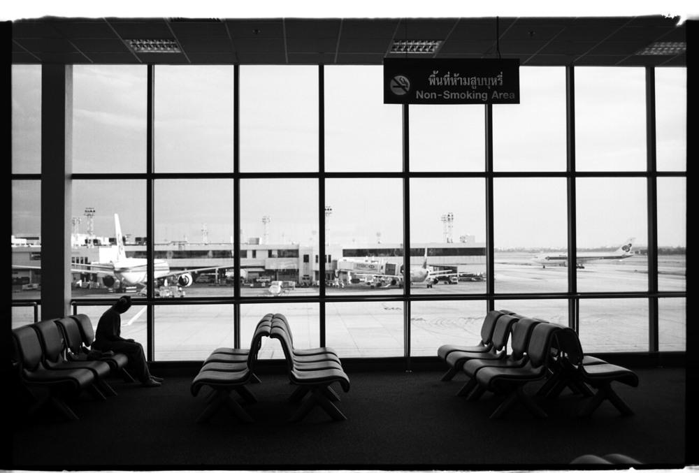 01airportd.jpg