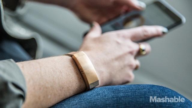 101315-Fossil-Smartwatch-Thumbnail-2-640x360.jpg