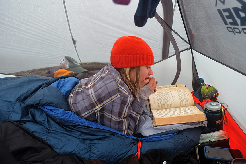 stuck in the tent, ali reads
