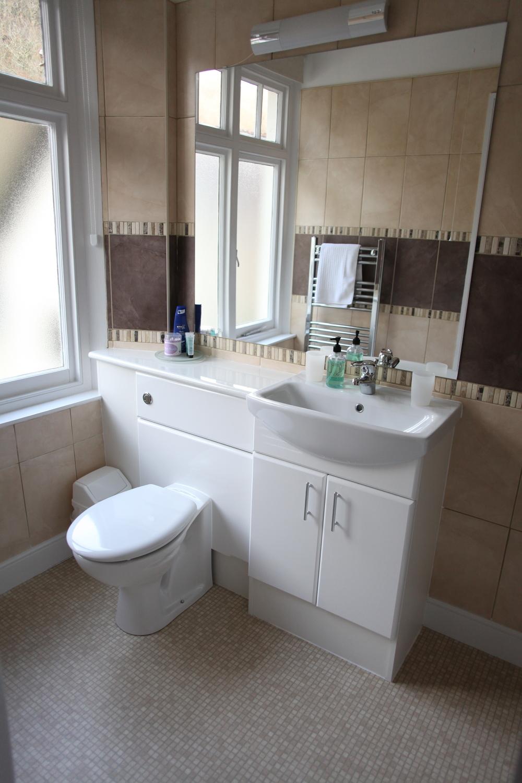Double Room 2 Bathroom