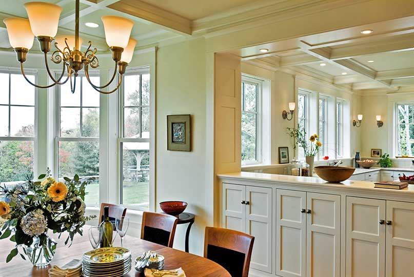 Traditional-dining-room-kitchen.jpg