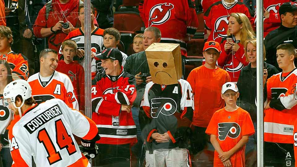 flyers-fan-bag-andy-marlin.jpg