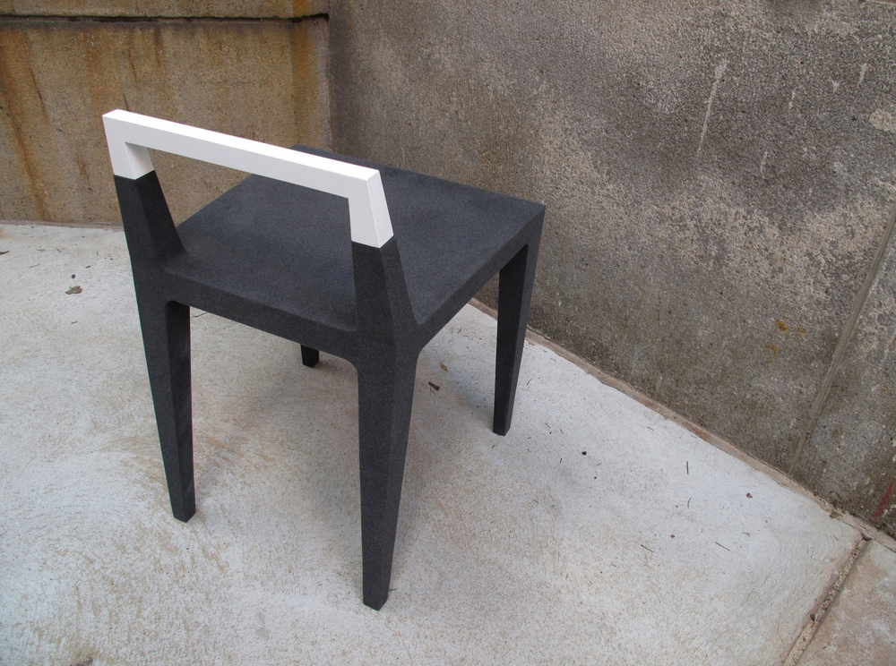 chaircrop4.jpg