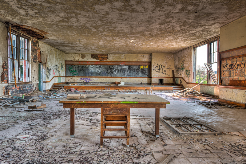 Abandoned Spaces_Detroit_Adam Jacobs Photography (14 of 24).jpg