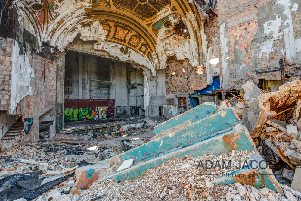 This is perhaps one of my favourite picture of the space as I managed to find some of the old benches hidden amongst the mangled rubble and get a nice perspective of them framed with the stage and steps in the background.