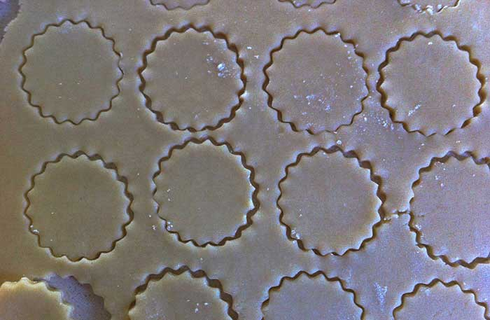 Pretty shapes  - shortbread cookies in the making | Cloudberry Lane
