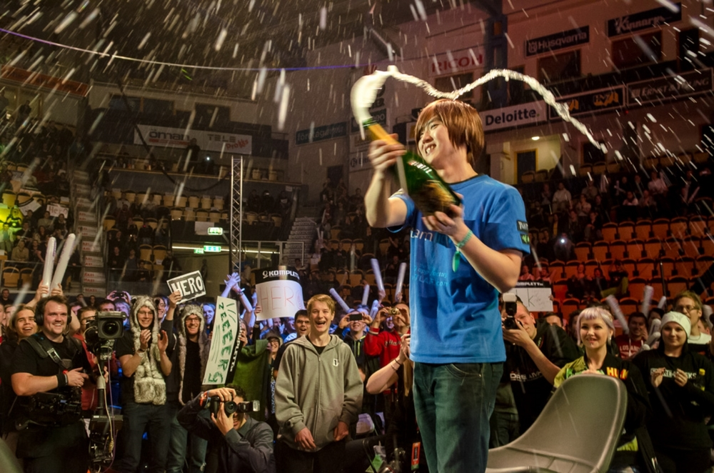 HerO celebrating his victory at DreamHack Winter 2012.
