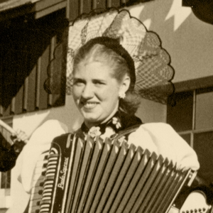Rita Bregenzer Elliott (1955)