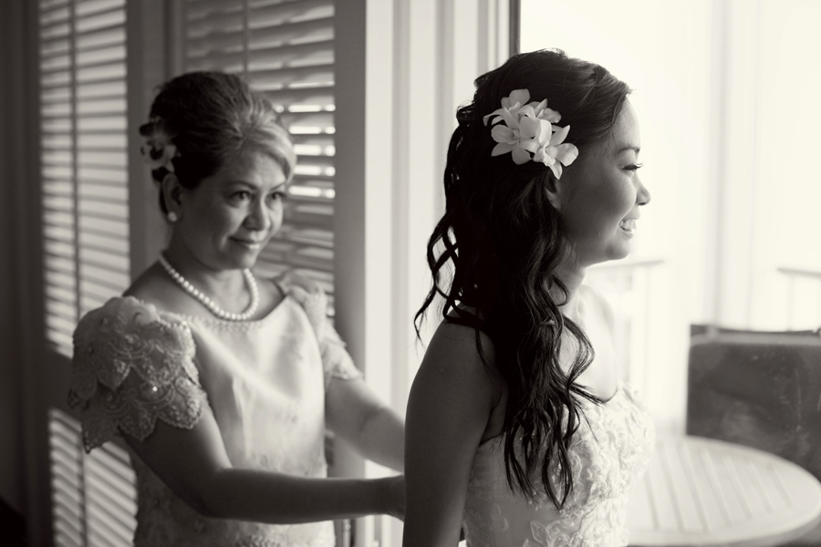 Vivir Photography_Bride and mother L+J_02.jpg