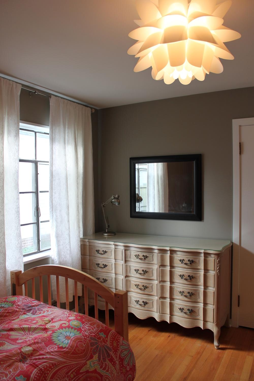 bedroom2:1.jpg