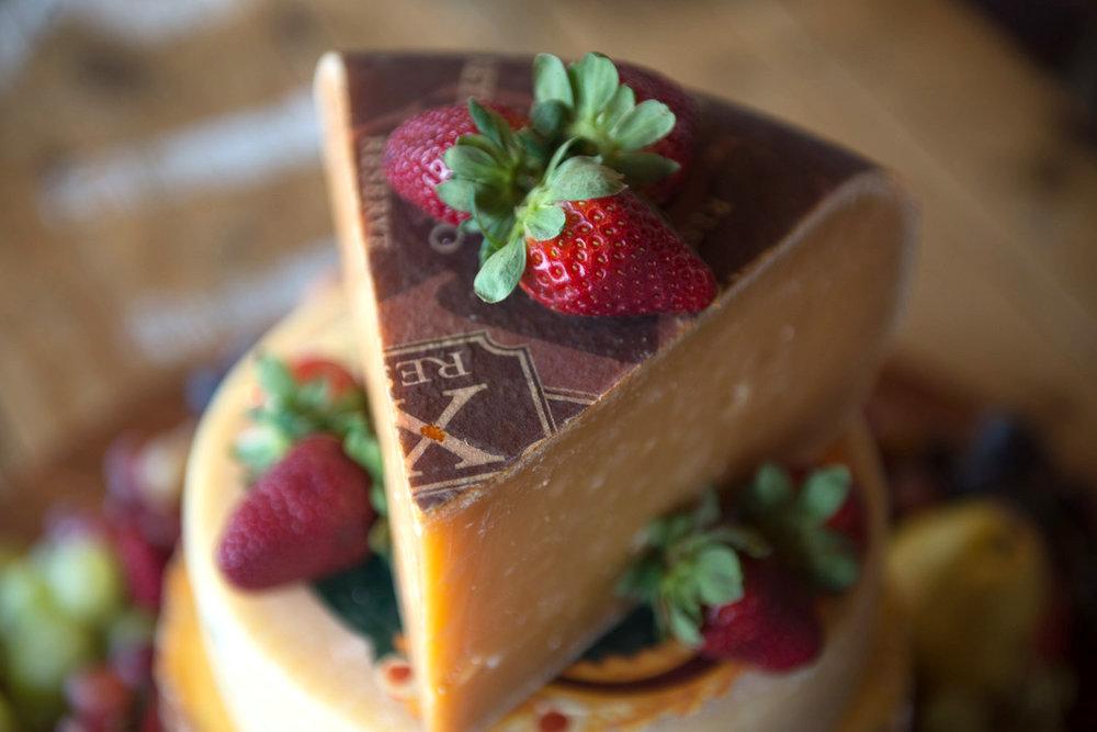 GoudaShropshireTruffle_Cake-4.jpg