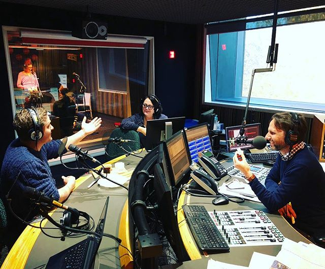 If you didn't hear us on @abcinsydney Radio 702 with Robbie Buck and Wendy Harmer this morning. We'll be at the @cheeselovefest with our famous Mr. Crispy, Wagyu Beef and Ultimate cheese Toasties. Tickets are still available online at the cheese lovers festival website, kids under 12 get in for free.  Thankyou also to @april5agency for setting this up.  #forkyeah #getinmybelly #eatfamous #sydney #sydneyeats #sydneyfood #sydneyfoodie #eatingfortheinsta #instafood #instafoodie #hungry