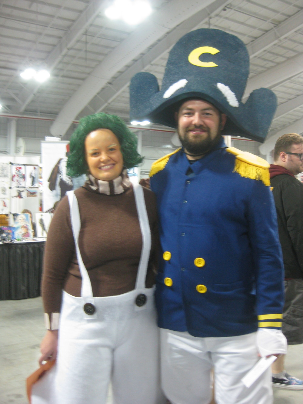 An Oompa Loompa and Captain Crunch... now THERE'S cosplay you don't see every day!