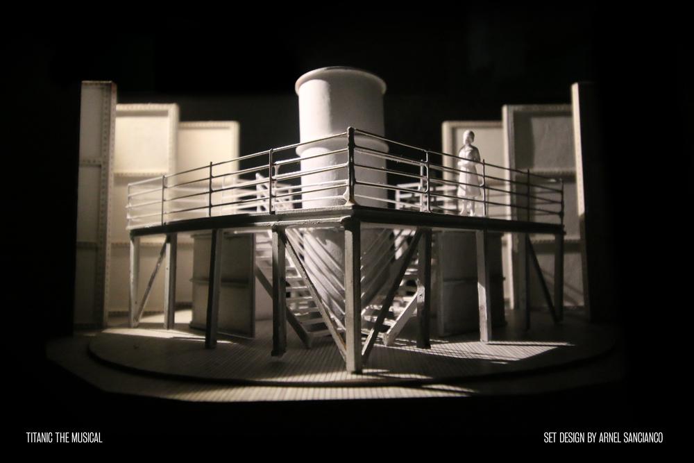 Titanic SB-1.jpg