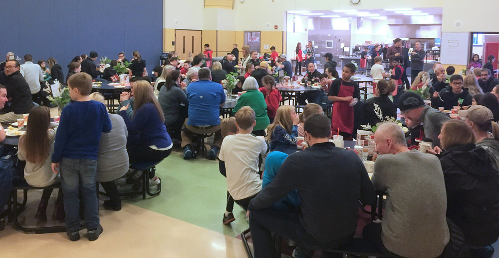 2017-18 Pancake Breakfast served up by 5th Graders