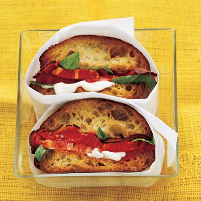 BBT-Bacon, BASIL & Tomato Sandwich