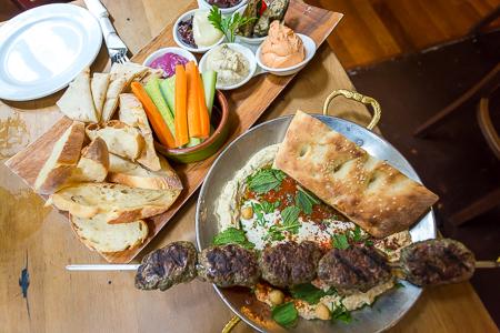 Mezze plate & lamb kofte
