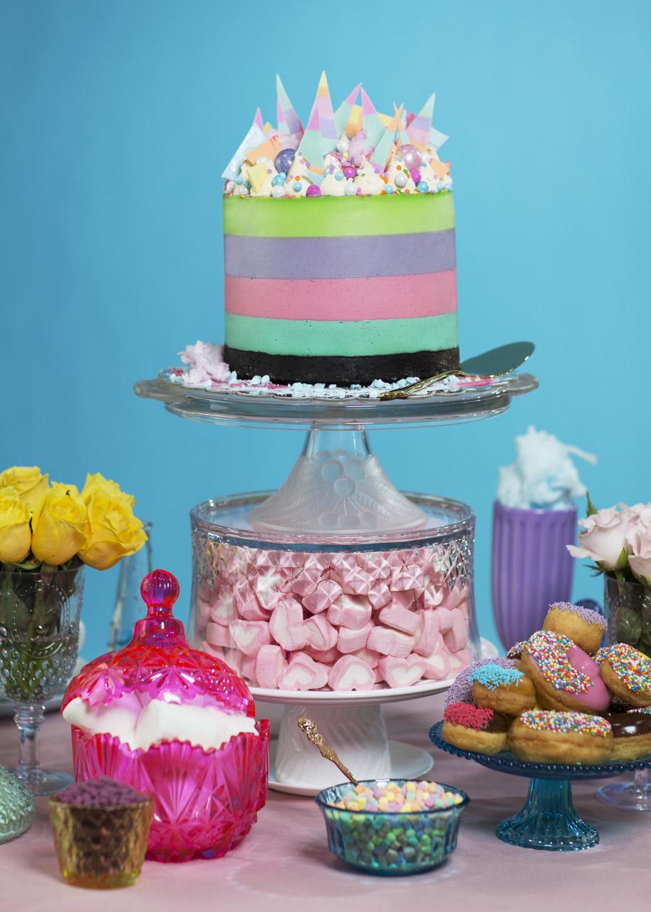 Let Them Eat Cake13477.jpg