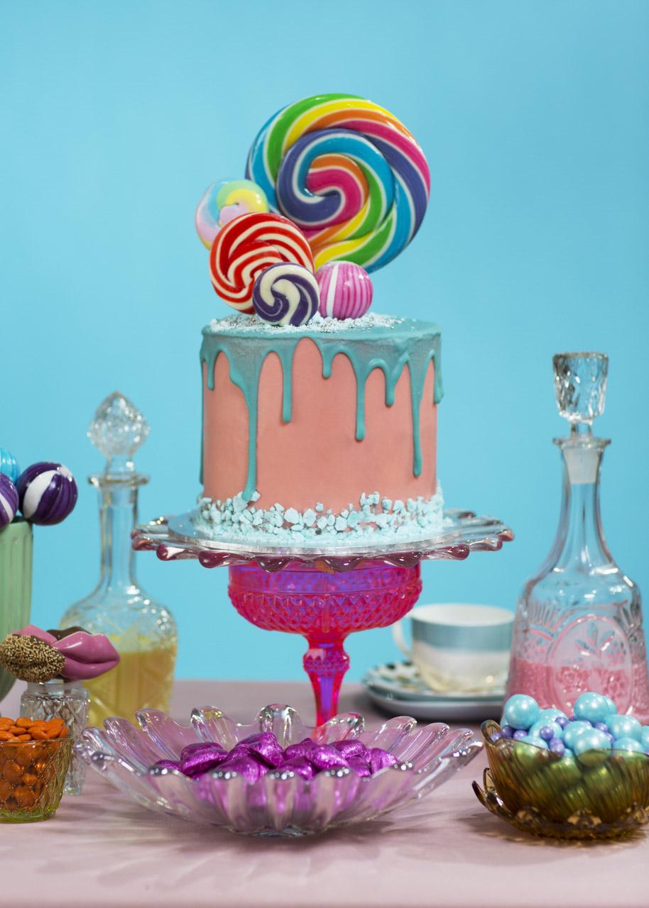 Let Them Eat Cake13501.jpg