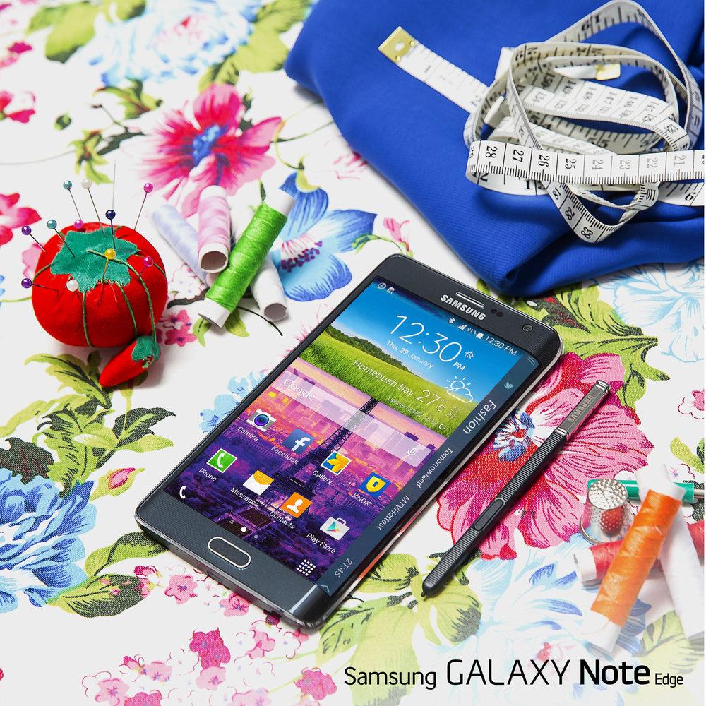 Samsung Social17834_RET.jpg