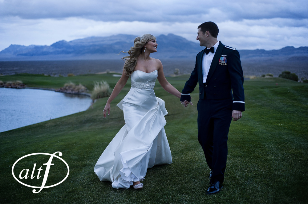 Classic, Timeless, and Elegant Wedding Photos by www.altf.com.
