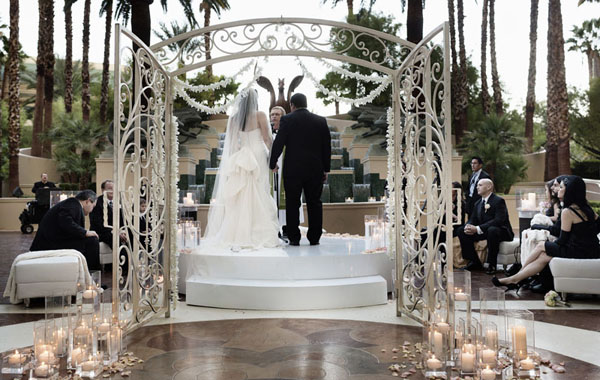 Wedding Ceremony at Fountain Terrace at Four Seasons Las Vegas