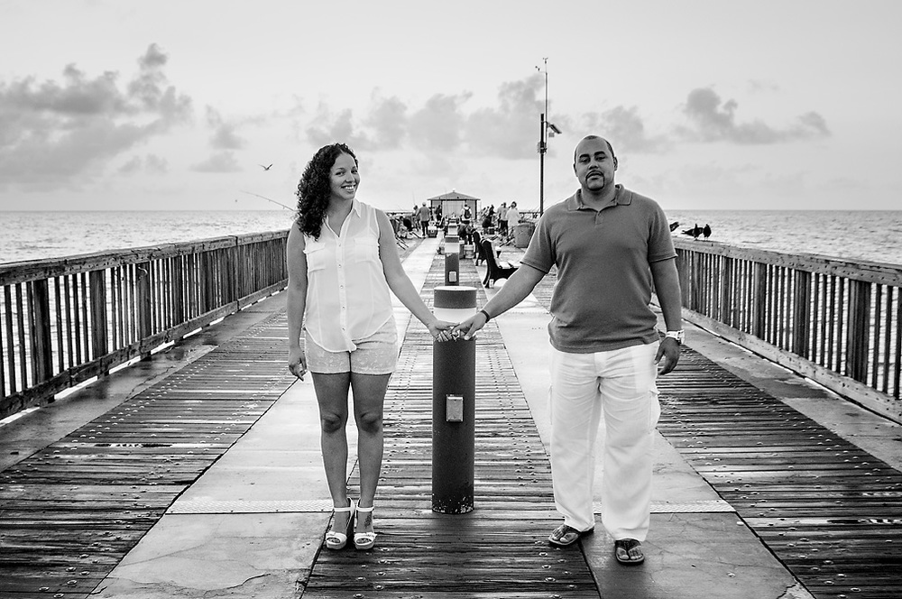 Meet Monica & Greg. Beach Side Engagement Pictures. Photo by www.jc-ruiz.com.