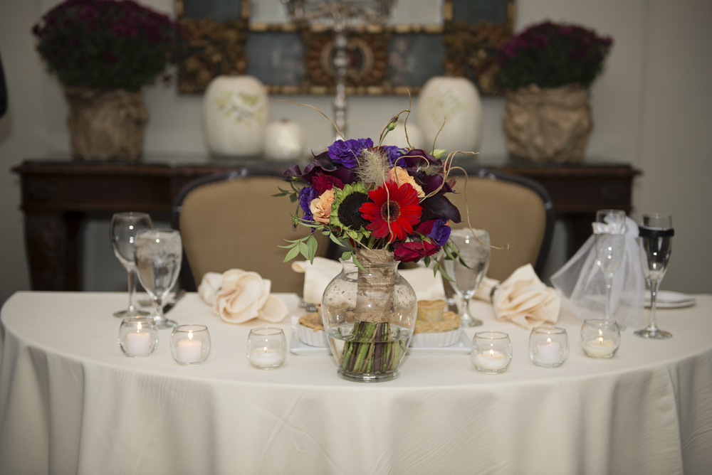The Bridal Bouquet on the Sweetheart Table